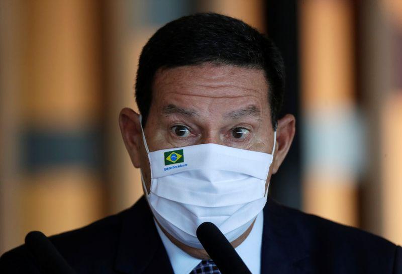 """""""Vai melhorar para todo mundo"""", diz Mourão em 1ª reunião sobre Amazônia sem Salles"""