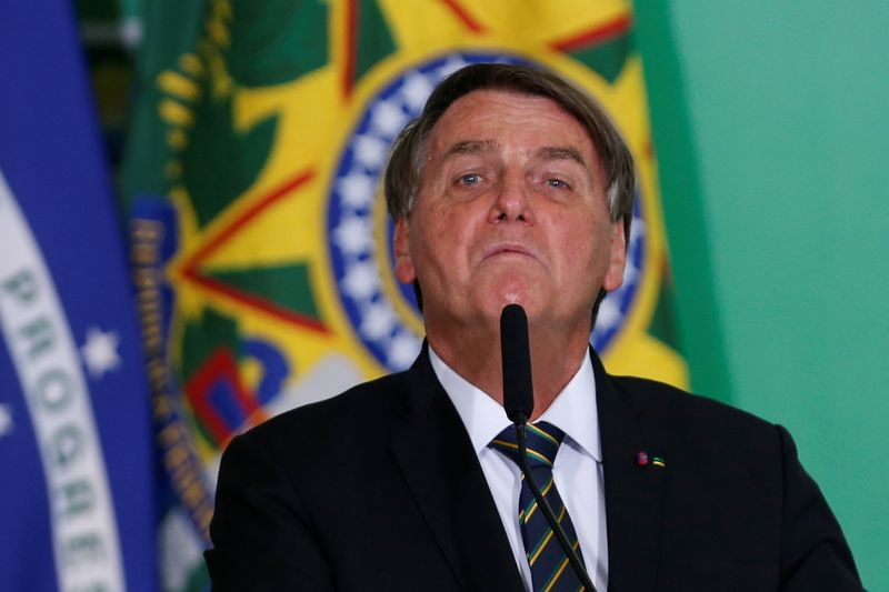 Avaliação negativa do governo Bolsonaro sobe para 48,2%, mostra pesquisa CNT/MDA