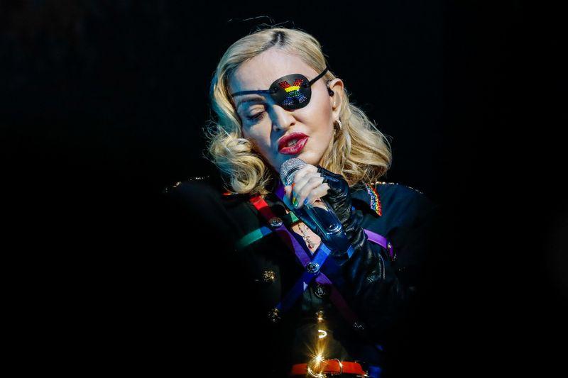 Madonna vai dirigir e coescrever filme sobre própria vida e música
