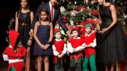 Itens da família Obama chegam ao circuito de leilões com vestido e camisa de basquete
