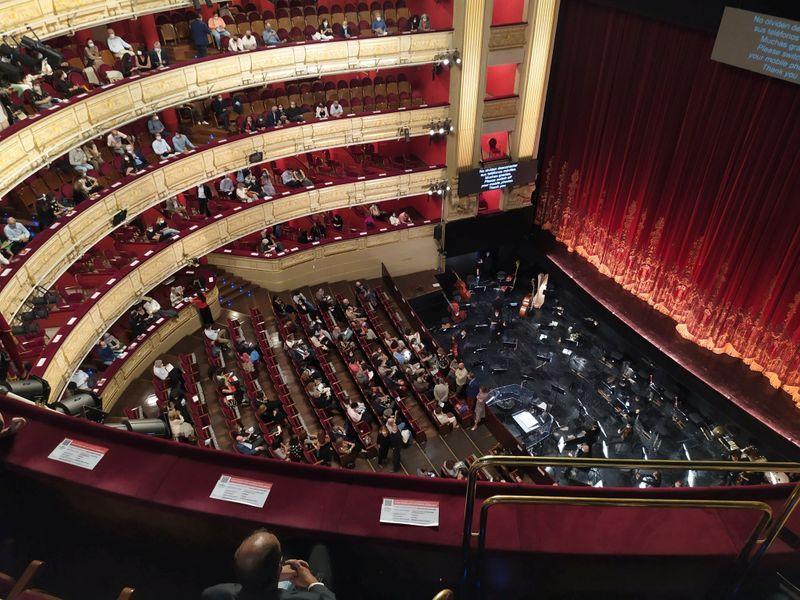 """Baile de Máscaras"", de Verdi, é cancelado em Madri após queixas de falta de distanciamento"