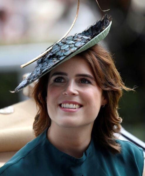 Princesa Eugenie está grávida, anuncia Palácio de Buckingham