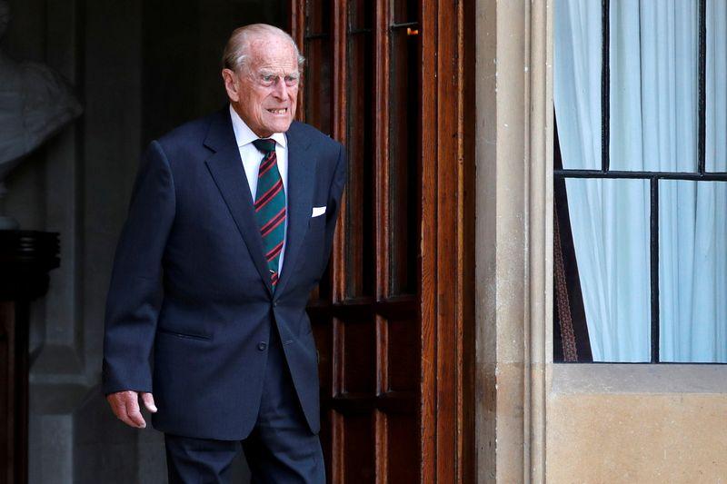 Aos 99 anos, Príncipe Philip passa segunda noite no hospital