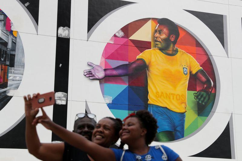 Netflix acrescenta novo filme sobre Pelé a lista de documentários esportivos