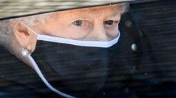Rainha Elizabeth faz 95 anos sensibilizada com homenagens ao marido