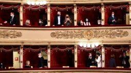 Teatro Scala de Milão reabre ao público após sete meses fechado por conta da pandemia