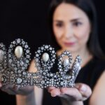 Tiara real italiana arrecada US$1,6 milhão em leilão na Suíça