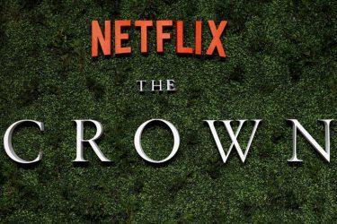 """""""The Crown"""" e """"Ted Lasso"""" lideram indicações a 2º Emmy de tempos pandêmicos"""