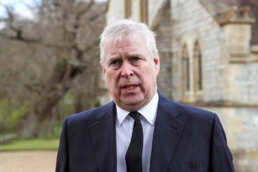 Príncipe Andrew é alvo de processo por agressão sexual nos EUA