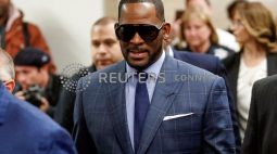R. Kelly decide não depor em julgamento de tráfico sexual