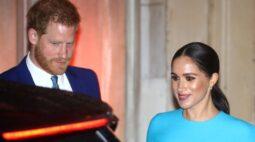 """Realeza britânica está """"muito preocupada"""" com alegações de bullying de ex-funcionário de Harry e Meghan"""