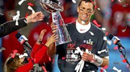 Cartão de Tom Brady novato é vendido por valor recorde de US$1,32 milhão