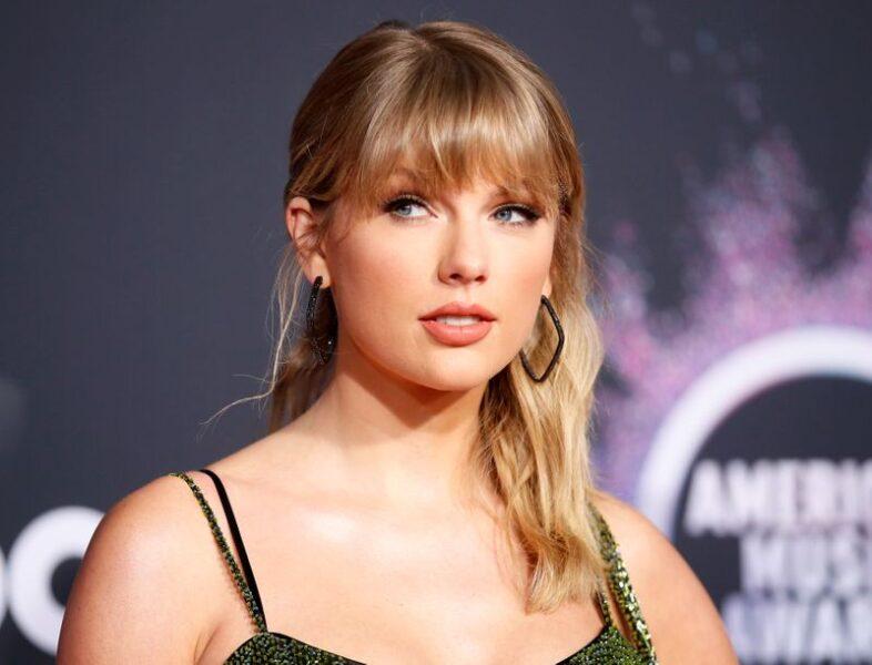 Parceiro de Taylor Swift, compositor Joel Little vende músicas para Hipgnosis