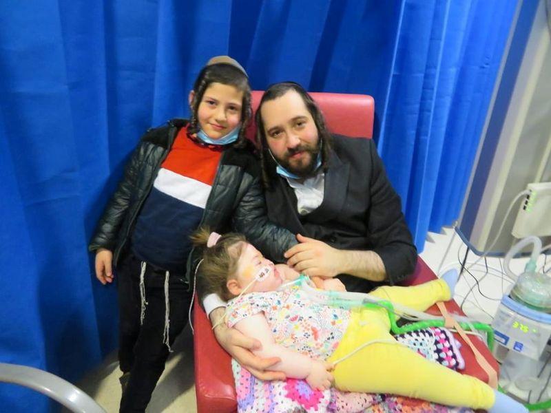 Israel pede ajuda do príncipe Charles a menina israelense com doença terminal