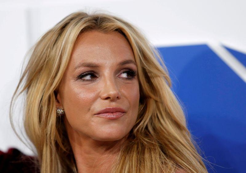 Britney Spears diz que não sabe se voltará a se apresentar
