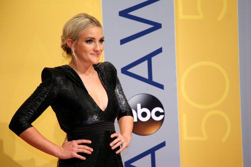 Irmã de Britney Spears diz ter orgulho da cantora por ter se pronunciado