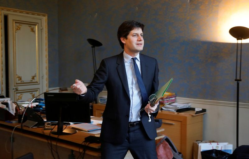 Só França produz o verdadeiro champanhe, diz ministro da Agricultura francês