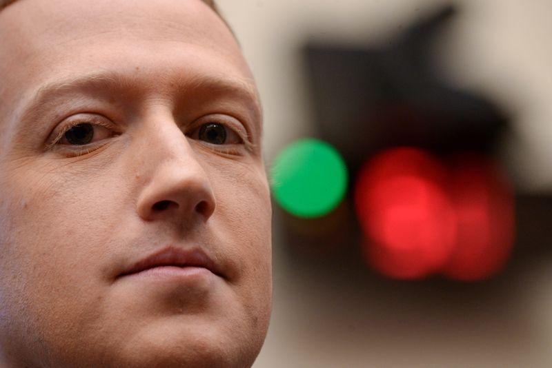 Facebook confirma audiência de Zuckerberg em investigação de comissão dos EUA