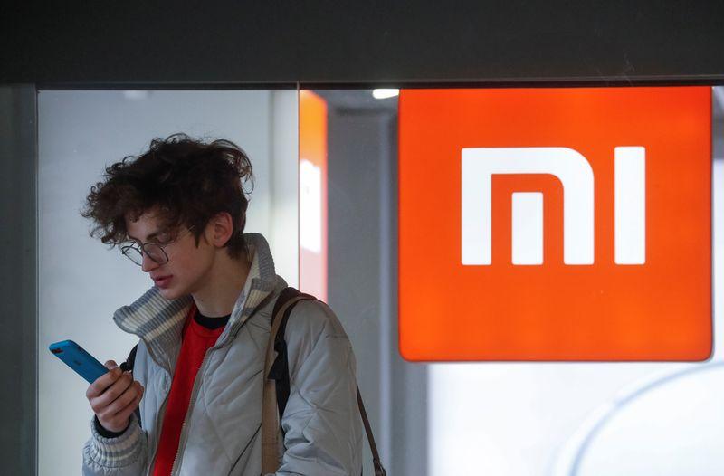 Lucro da Xiaomi cresce no 2° tri com impulso de vendas de smartphones premium