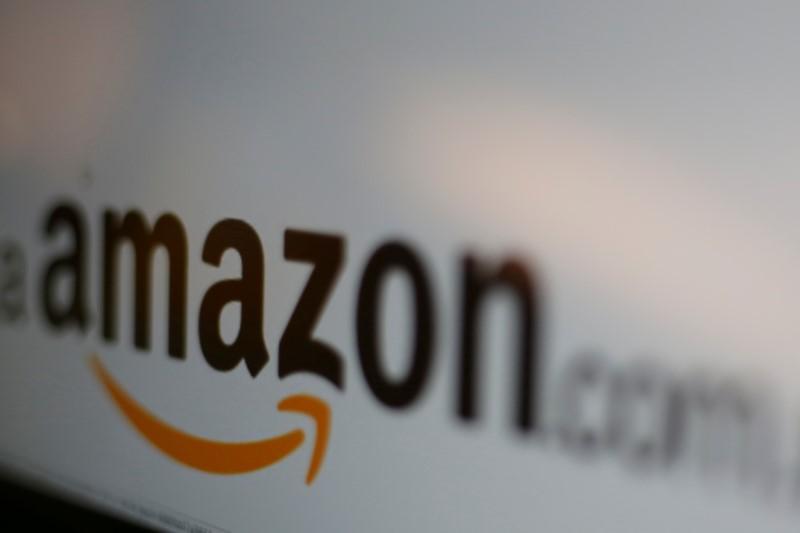 Amazon lança sua primeira smartband para enfrentar Fitbit e outras rivais