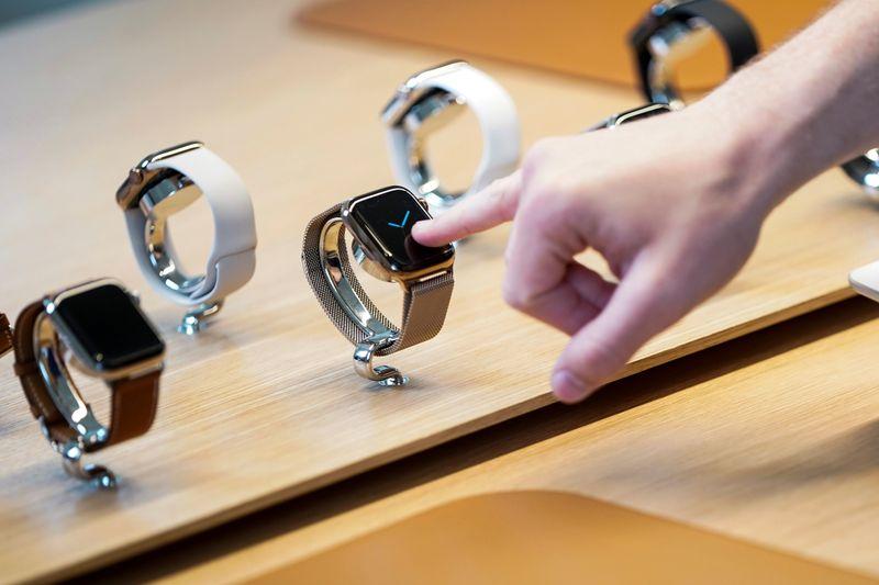 Apple lança serviço fitness virtual e novo Apple Watch