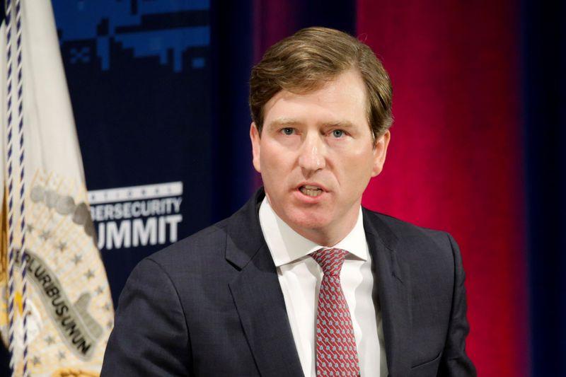 EXCLUSIVO-Principal autoridade de cibersegurança das eleições dos EUA diz a colegas que será demitido