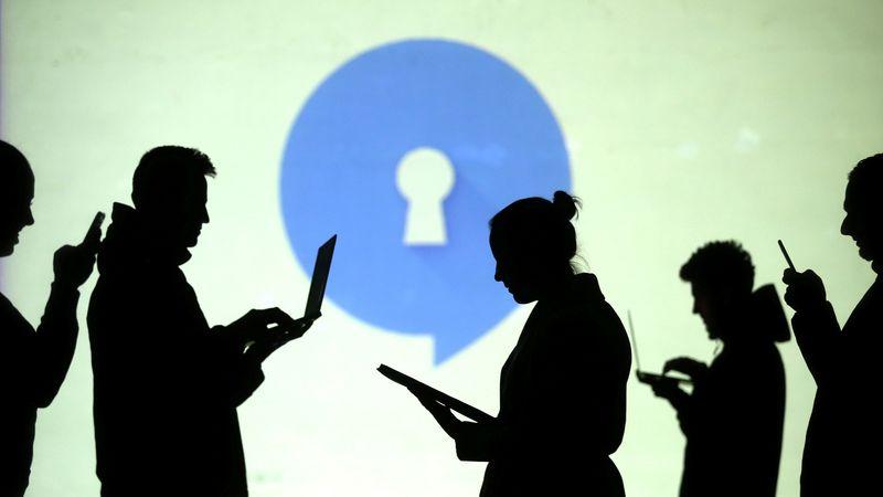 Signal vai contratar mais pessoal após salto em downloads