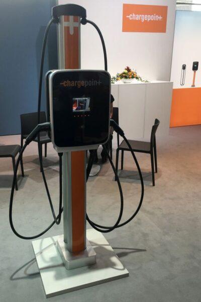 Investidores injetam US$125 mi em startup de carregamento de carros elétricos Volta