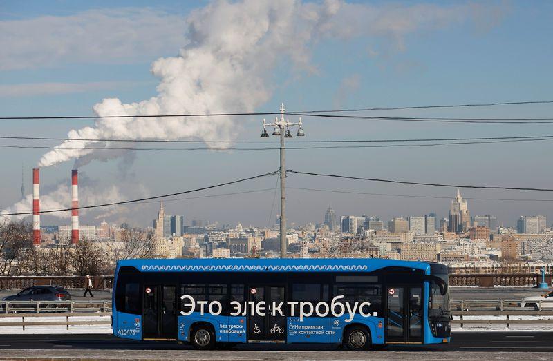 Moscou planeja toda frota de ônibus urbanos movida por eletricidade até 2030