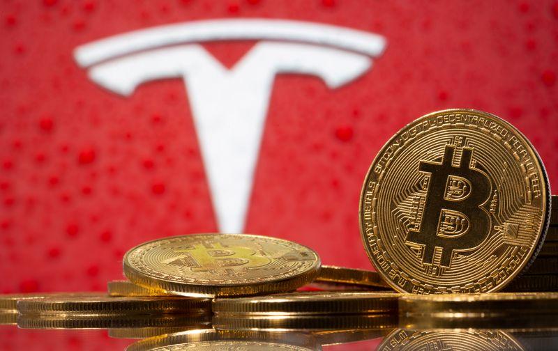 Ação da Tesla pode passar para o vermelho em 2021 com queda de bitcoin