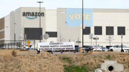 Trabalhadores da Amazon nos EUA votam pela rejeição de formação de sindicato