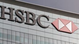 HSBC proíbe clientes de comprar ações da MicroStrategy por causa do bitcoin