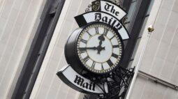 Dono do Daily Mail processa Google por monopólio de espaços para publicidade online