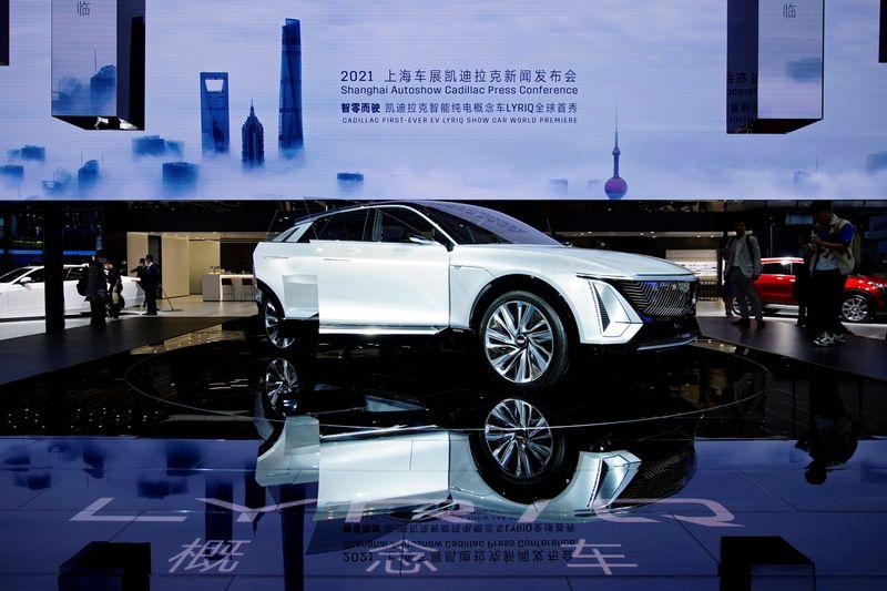 GM faz parceria para 60 mil pontos de recarga de carros elétricos nos EUA e Canadá