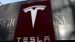 EXCLUSIVO-Tesla suspende compra de área em Xangai com tensões EUA-China, dizem fontes