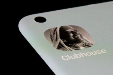 Rede social de áudio Clubhouse não é mais limitada a convites