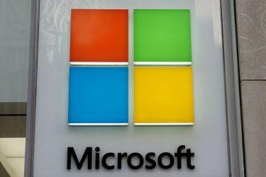 Microsoft adia data de reabertura de escritórios nos EUA indefinidamente