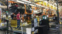 GM recomenda que donos de elétrico Bolt estacionem longe de outros veículos em garagens