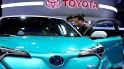 Nem todo mundo deveria dirigir carro elétrico, diz executivo da Toyota