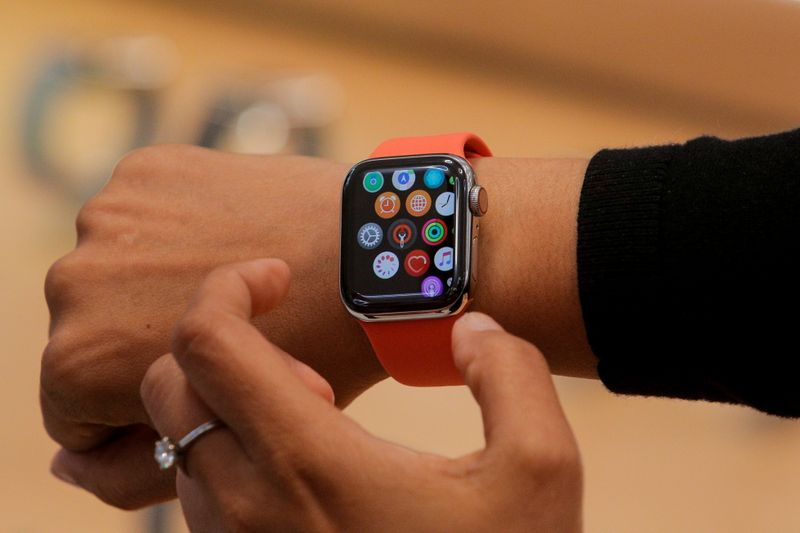 Ação judicial alega que Apple monopoliza tecnologia de frequência cardíaca para Apple Watch