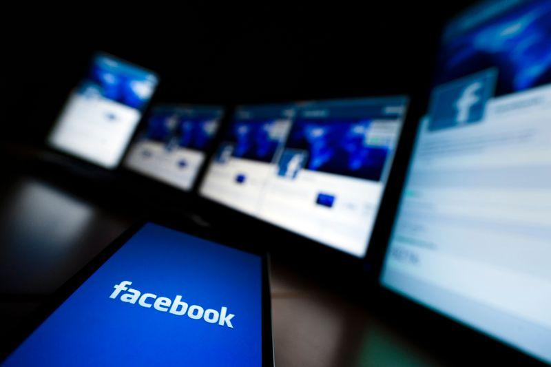 Facebook suspende conta de Trump até 2023