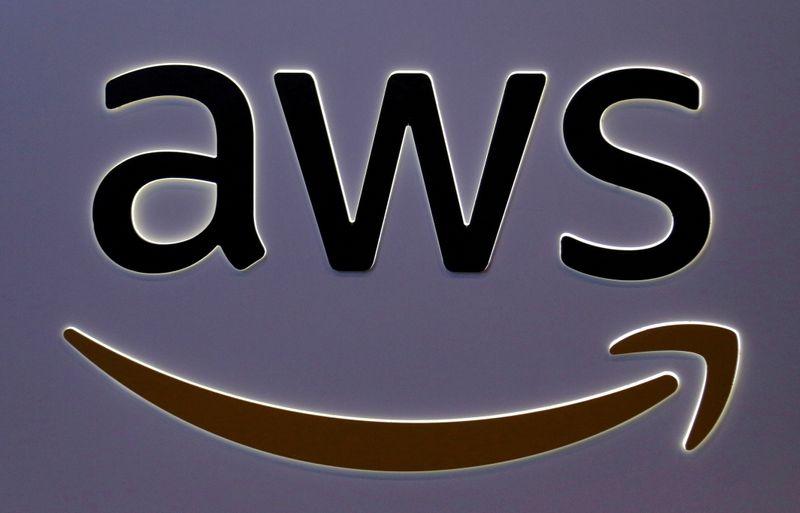 Amazon vai investir 2,5 bi de euros em novas centrais de dados na Espanha