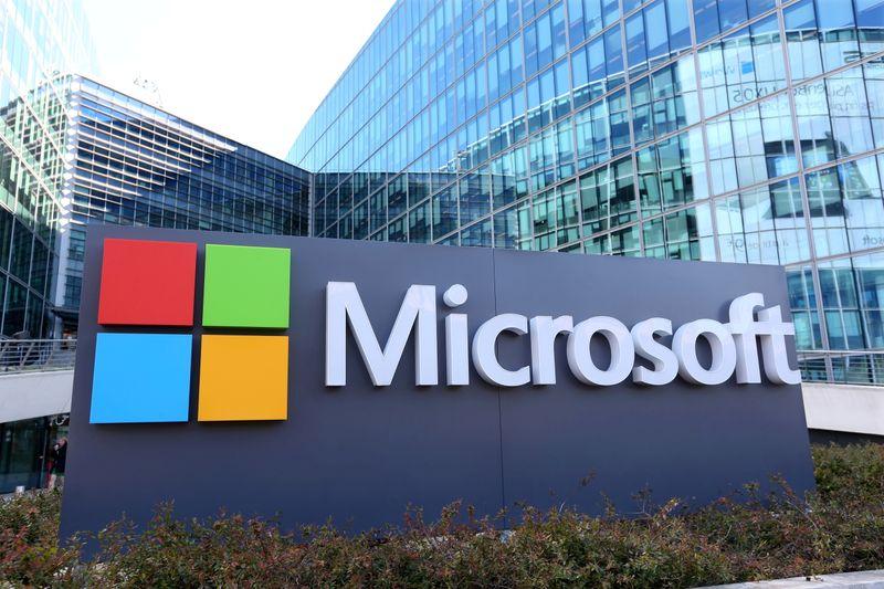 Microsoft vai vender alguns produtos em showrooms