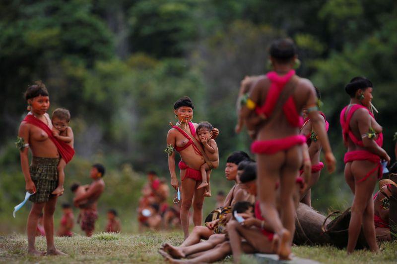 Barroso, do STF, homologa plano de barreiras sanitárias contra Covid-19 em terras indígenas