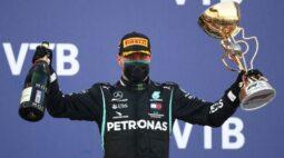 Bottas vence GP da Rússia após punições afastarem Hamilton de recorde