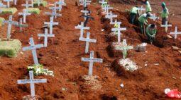 """Pandemia de coronavírus ultrapassa """"marco angustiante"""" de 1 milhão de mortes"""