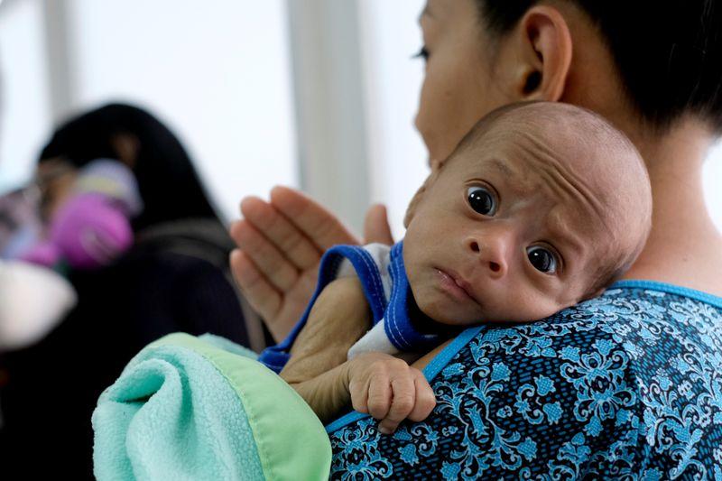 Desnutrição pode matar 10 mil crianças a mais devido à pandemia de Covid-19, diz OMS