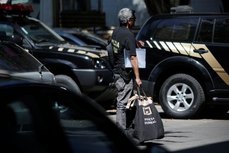 PF prende suspeitos de receberem propina para proteger empresários de investigações
