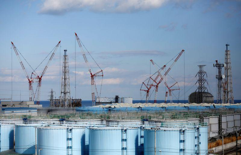 Japão decide descartar água contaminada de Fukushima no mar, diz mídia