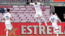 Real Madrid vence Barcelona no 'El Clásico' com ajuda de pênalti convertido por Ramos